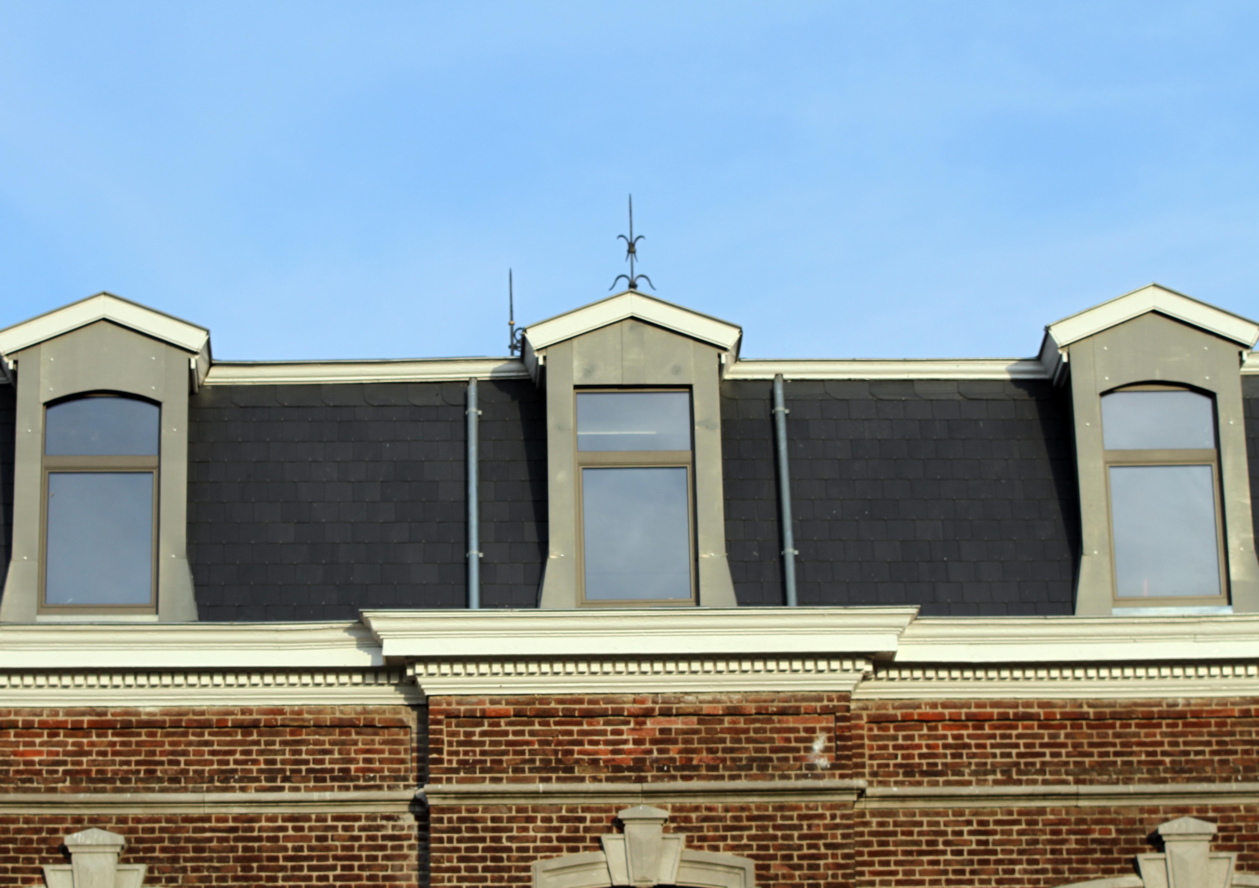 Renovation ancienne maison de maitre toiture ruymaekers for Aide renovation maison ancienne pour location